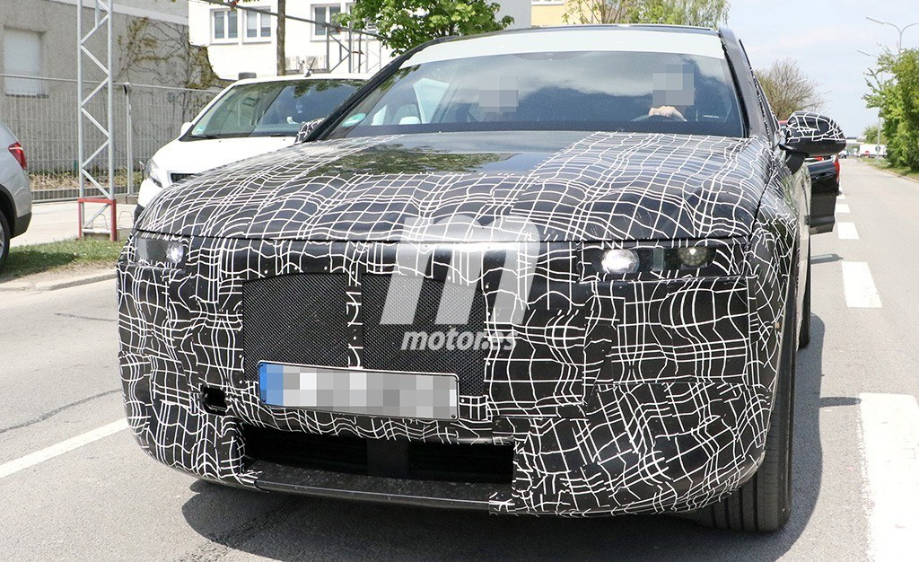 2020 BMW i6/iNEXT/iX8 36
