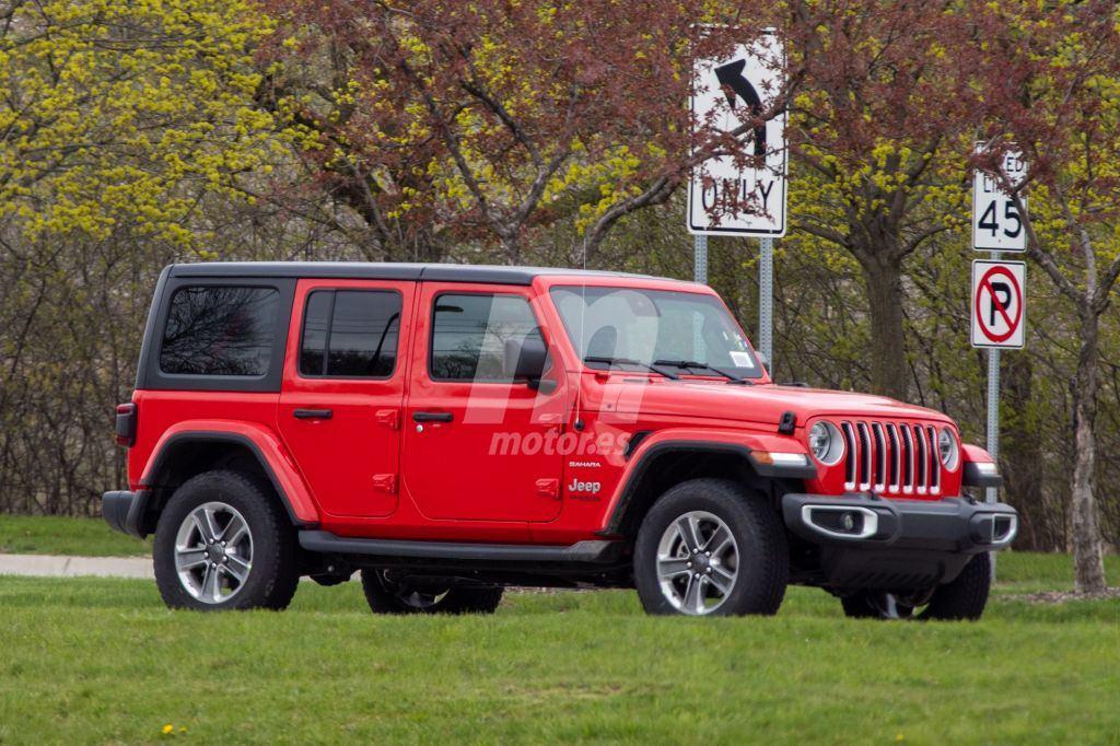 El nuevo Jeep Wrangler 3.0 EcoDiesel cazado totalmente desnudo