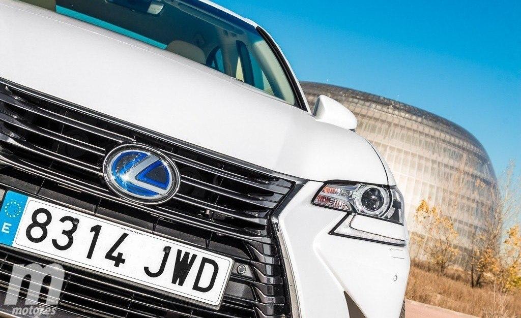 Vodafone Business dotará a los coches de Lexus de conexión a internet