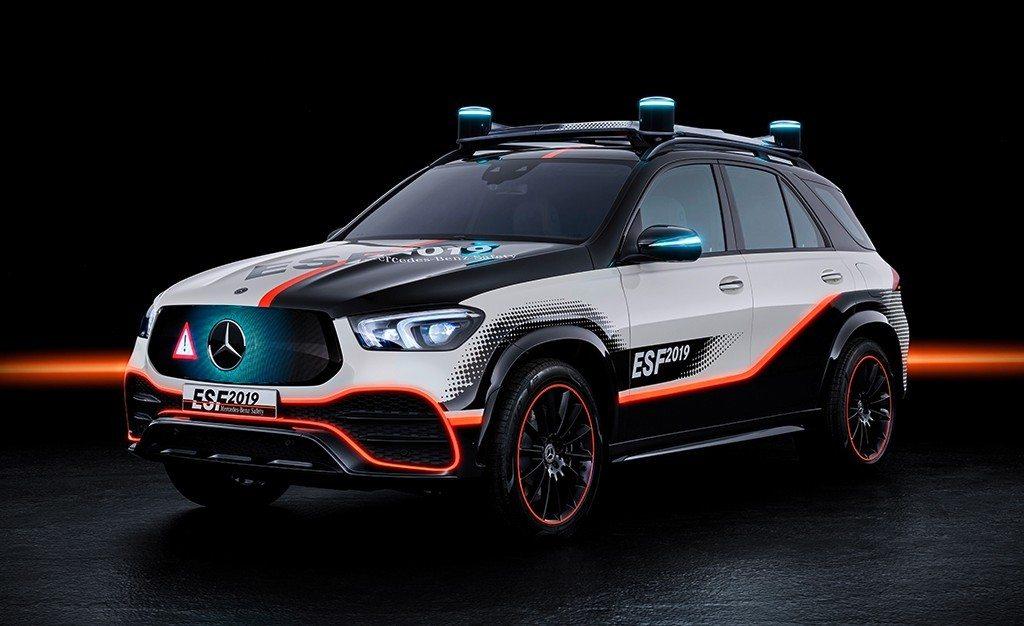 Mercedes ESF 2019, haciendo del Clase GLE un vehículo aún más seguro