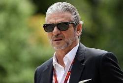 "Arrivabene apoya a Ferrari: ""¡Forza Ragazzi! El campeonato aún es largo"""