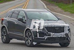 El frontal del nuevo Cadillac XT5 2020 pierde una gran cantidad de camuflaje