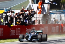 Victoria de principio a fin de Lewis Hamilton sobre Bottas y Verstappen
