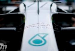 Los equipos recuerdan a Niki Lauda con las decoraciones de sus monoplazas