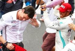 """Marko: """"Hamilton debió ser sancionado, pero llevaba una gorra roja"""""""