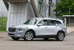 Los nuevos prototipos semidesnudos del Mercedes GLB con todo detalle