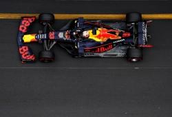 """Verstappen, lastrado por una avería en el radiador: """"Los Mercedes son demasiado rápidos"""""""
