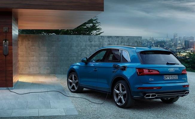 Audi Q5 55 TFSI e quattro - posterior