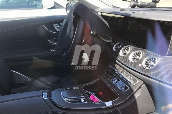 Mercedes Clase E Coupé 2020 - foto espía interior