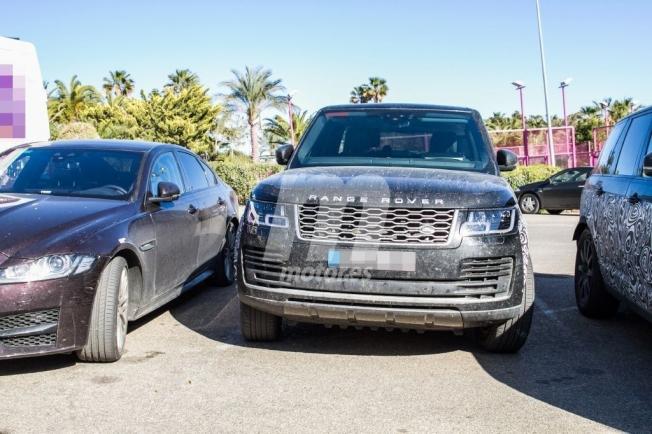 Range Rover 2021 - foto espía frontal