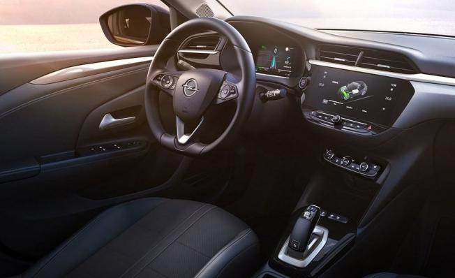 Opel Corsa-e - interior