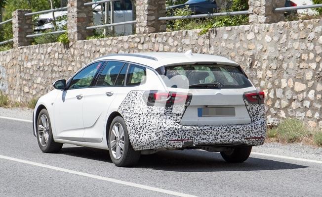 Opel Insignia Sports Tourer 2020 - foto espía posterior