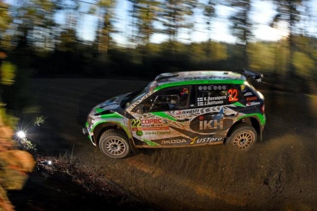 Ott Tänak pone tierra de por medio en el Rally de Chile