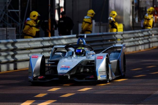 150 metros sin batería, Massa roza el drama en Mónaco