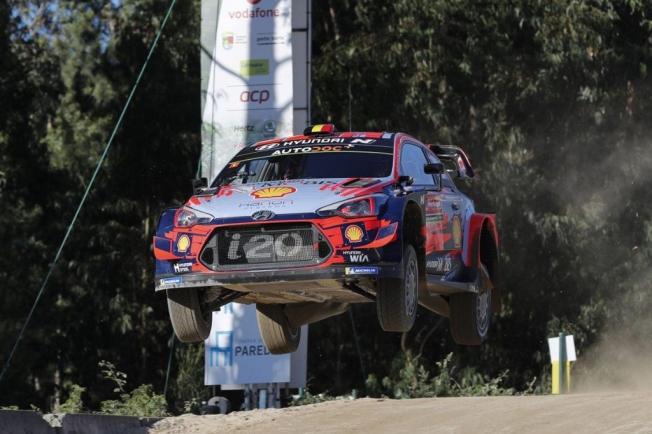 Thierry Neuville manda en el shakedown del Rally de Portugal