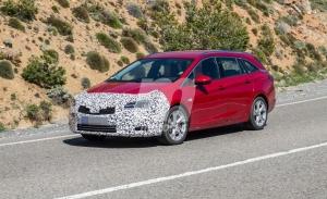 El Opel Astra Sports Tourer también se pondrá al día con un lavado de cara