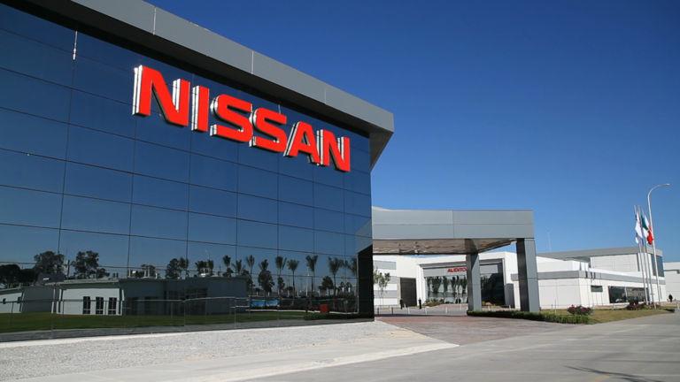 Nissan no se opone a la fusión FCA-Renault