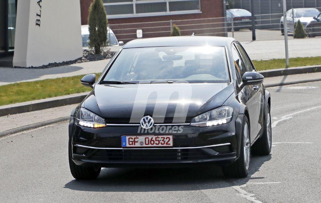 ¿Está preparando Volkswagen su propio Formentor? Esta puede ser la primera mula del futuro Tiguan Coupé
