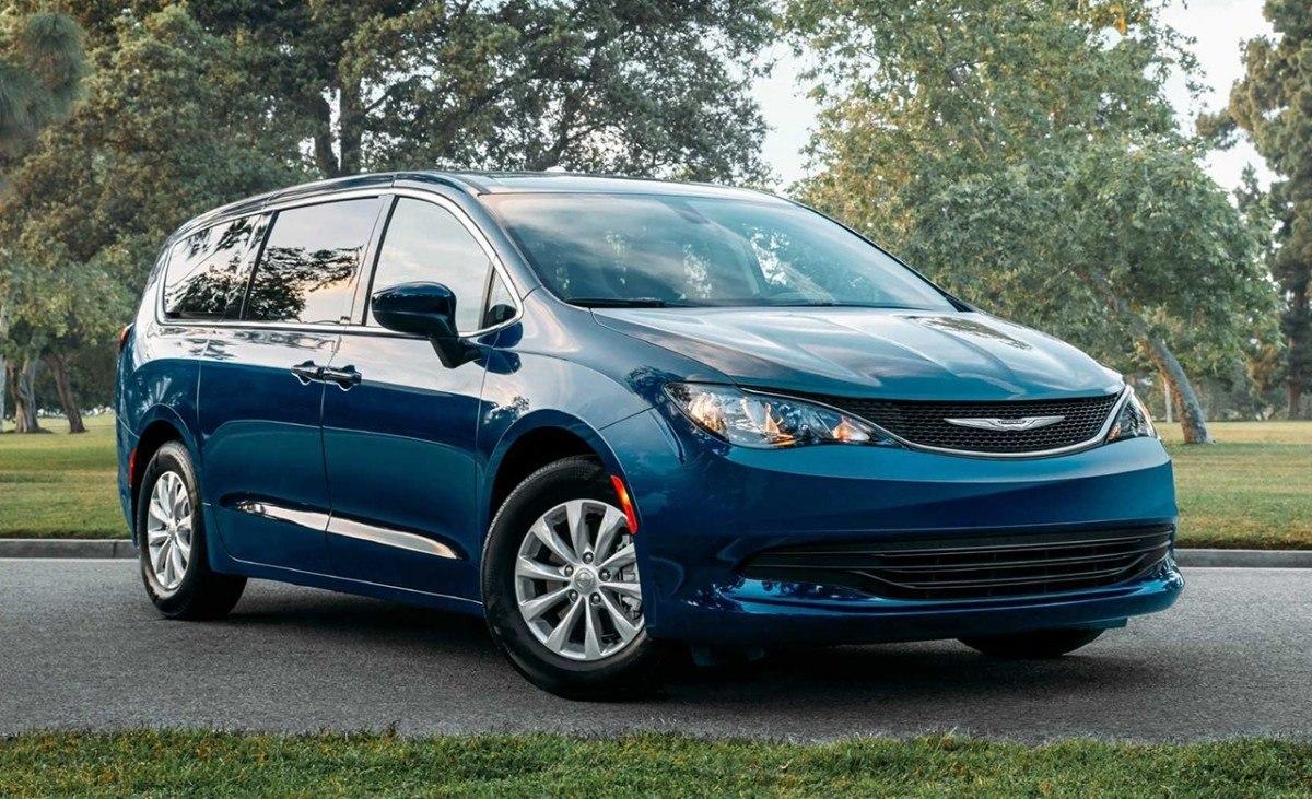 Chrysler Voyager 2020, se rescata del olvido el nombre del monovolumen