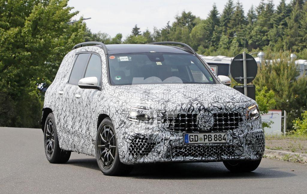 Los prototipos del nuevo Mercedes-AMG GLB 35 4MATIC llegan a Nürburgring