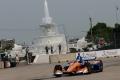Scott Dixon vence en una accidentada segunda carrera en Detroit