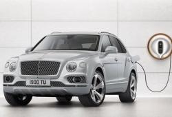 Bentley asegura que todos sus modelos tendrán opción híbrida en 2023