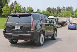 Cazamos un Cadillac Escalade probando un sistema de conducción autónoma