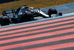 Hamilton gana sin problemas por delante de Bottas y Leclerc