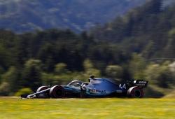 Hamilton reconoce que el equipo le advirtió que Räikkönen venía por detrás