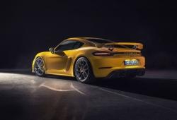 Los nuevos Porsche 718 Spyder y 718 Cayman GT4 ya tienen precios en España