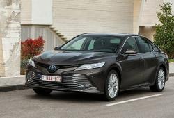 El nuevo Toyota Camry Hybrid llega a España, la berlina híbrida ya tiene precios