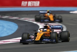 """Sainz redefine sus objetivos para McLaren: """"Alejarnos de la zona media"""""""