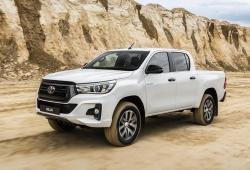 Toyota Hilux Legend Black, detalles diferenciadores para el conocido pick-up