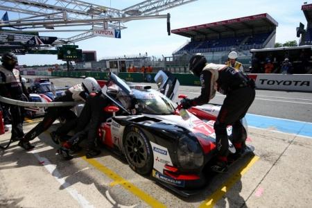 Toyota conserva la ventaja de un giro por stint en Le Mans