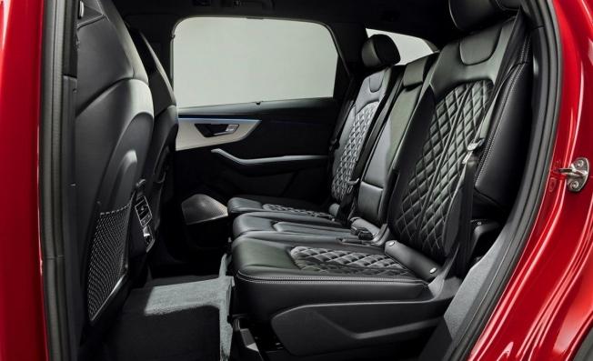 Audi Q7 2020 - interior
