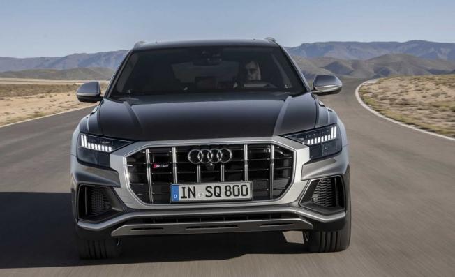 Audi SQ8 - frontal