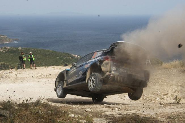 Dani Sordo asalta el liderato del Rally de Italia-Cerdeña