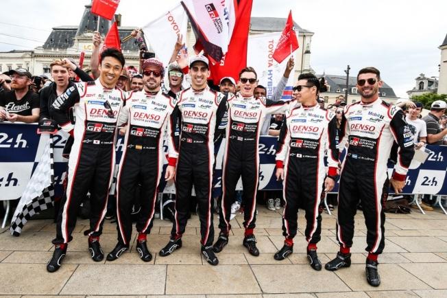 Duelo interno en Toyota por el título y la victoria en Le Mans