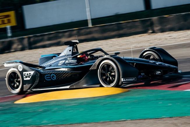 Gary Paffett debuta sobre el Mercedes EQ Silver Arrow 01