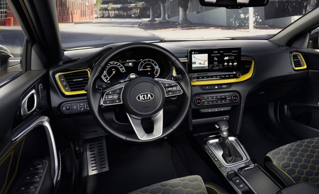 Kia XCeed - interior
