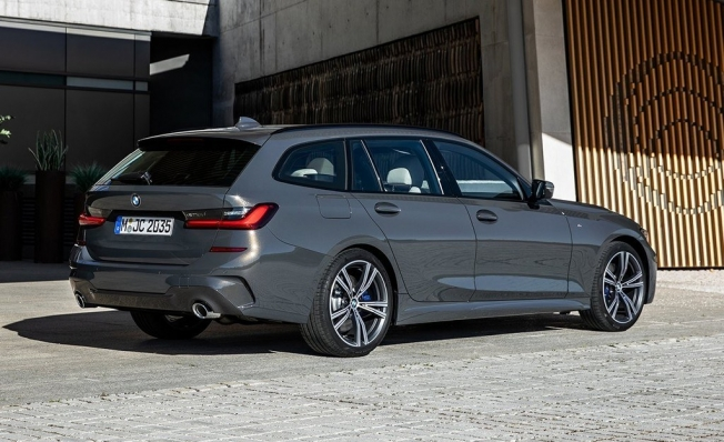 BMW Serie 3 Touring 2020 - posterior