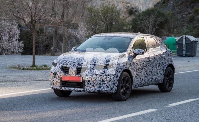 Renault Captur 2020 - foto espía