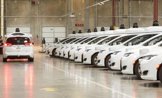 Prototipos de coches autónomos de Waymo