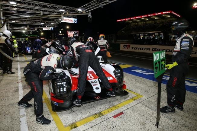 Toyota cumple, doblete en la clasificación de Le Mans