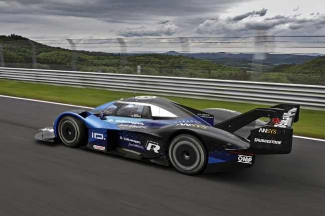 El Volkswagen ID. R regresa a Goodwood entre honores