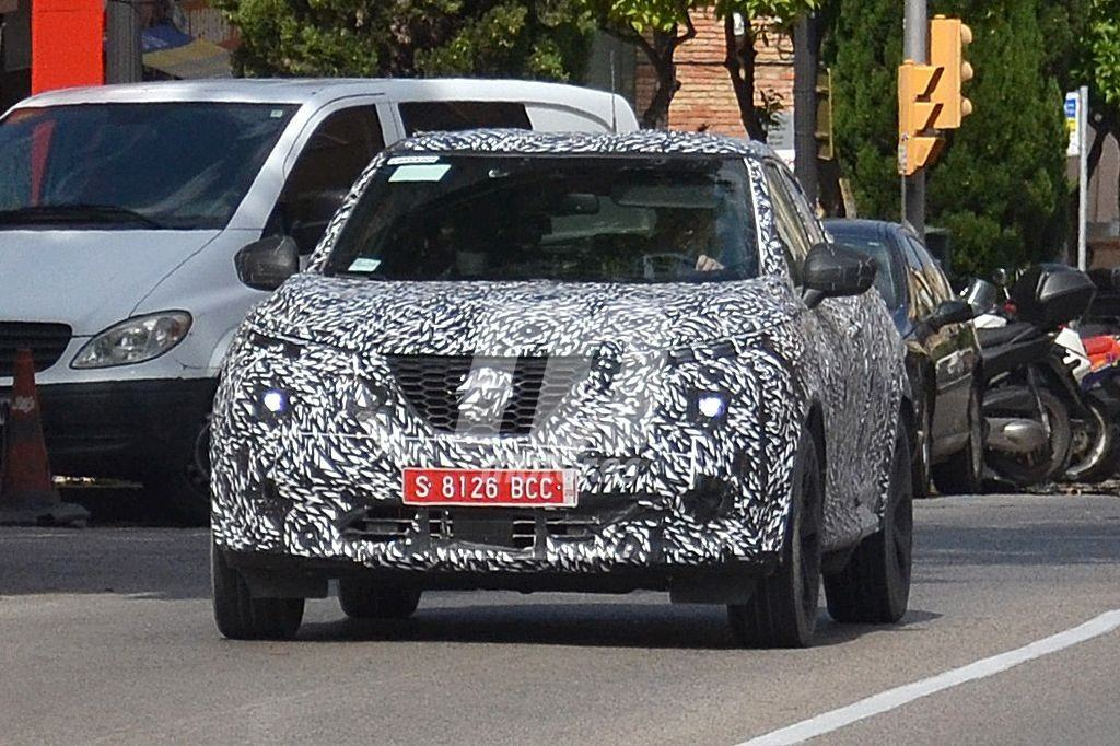 Prototipos de la nueva generación del Nissan JUKE continúan en pruebas por España