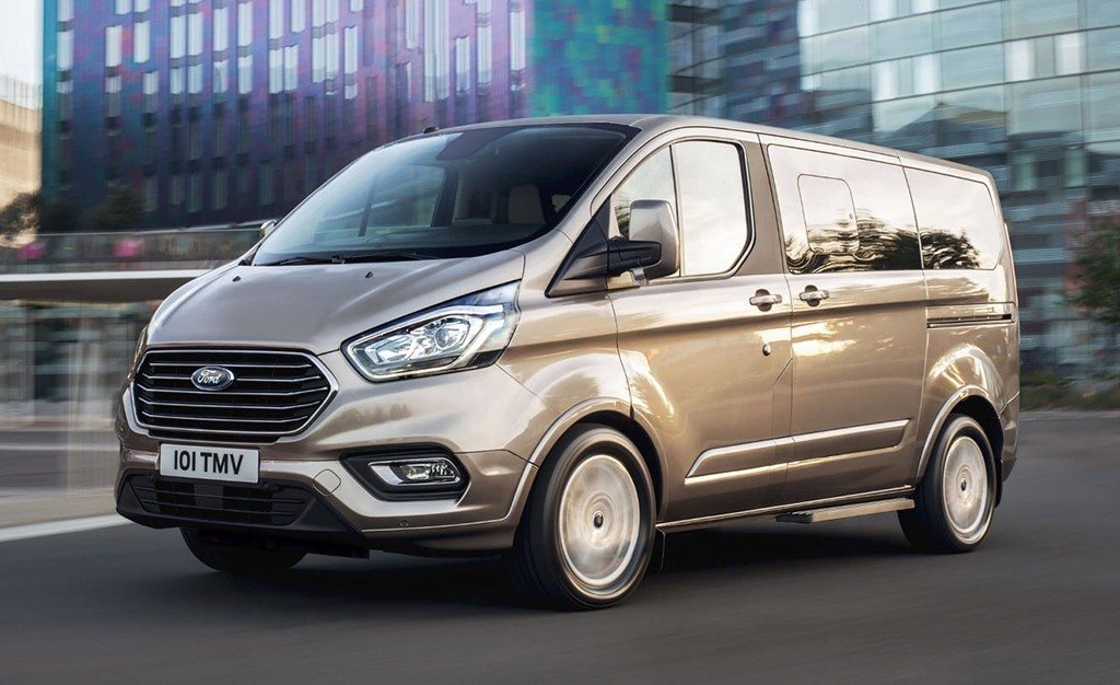 Precios del nuevo Ford Tourneo Custom semihíbrido, llega la tecnología MHEV