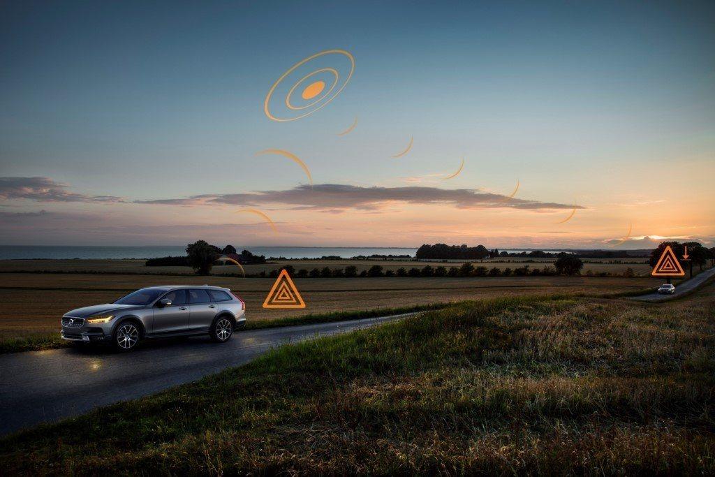 Volvo participa en el proyecto de comunicación entre vehículos con datos anónimos