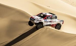 Al-Attiyah y Sunderland se imponen en el Silk Way Rally