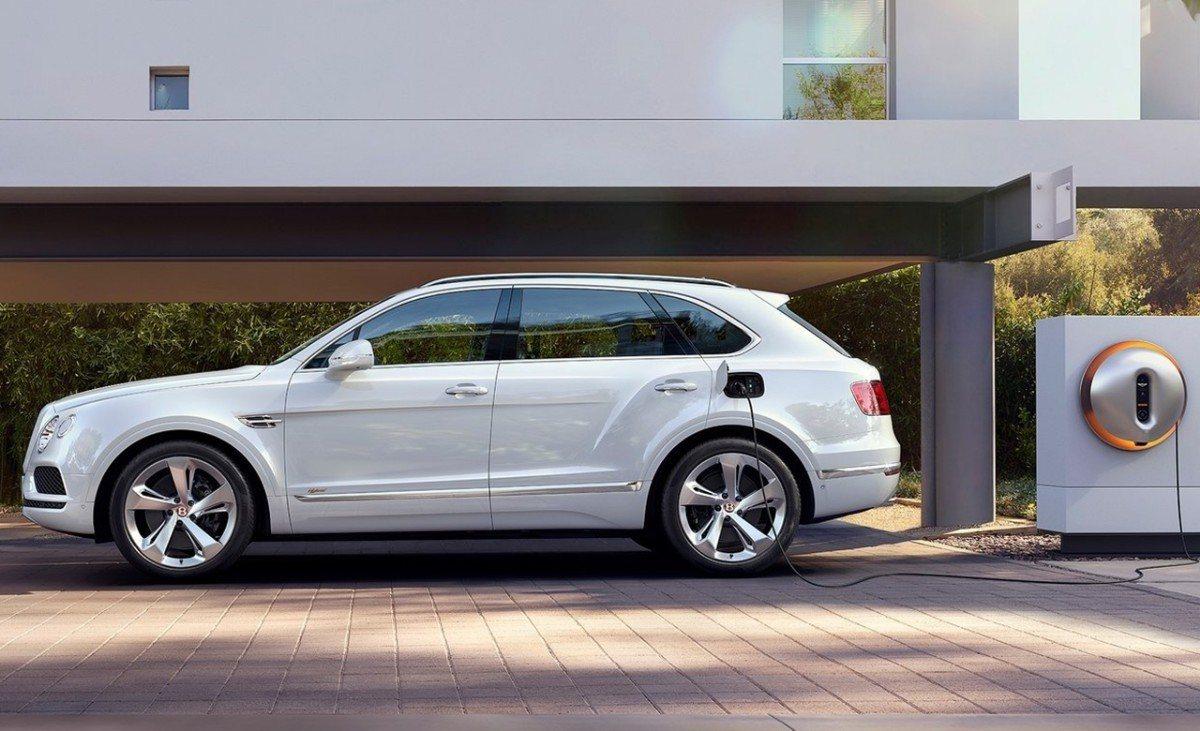 """Bentley lo deja claro: """"Tenemos prisa por desarrollar un coche eléctrico"""""""